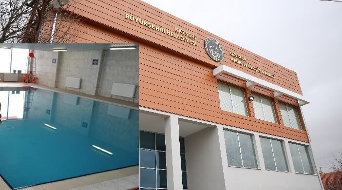 Özvatan Kadın ve Gençlik Merkezi Yüzme Havuzu
