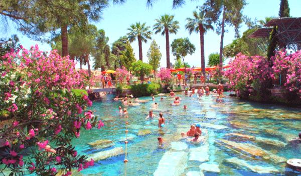 Pamukkale Antique Kleopatra Pool